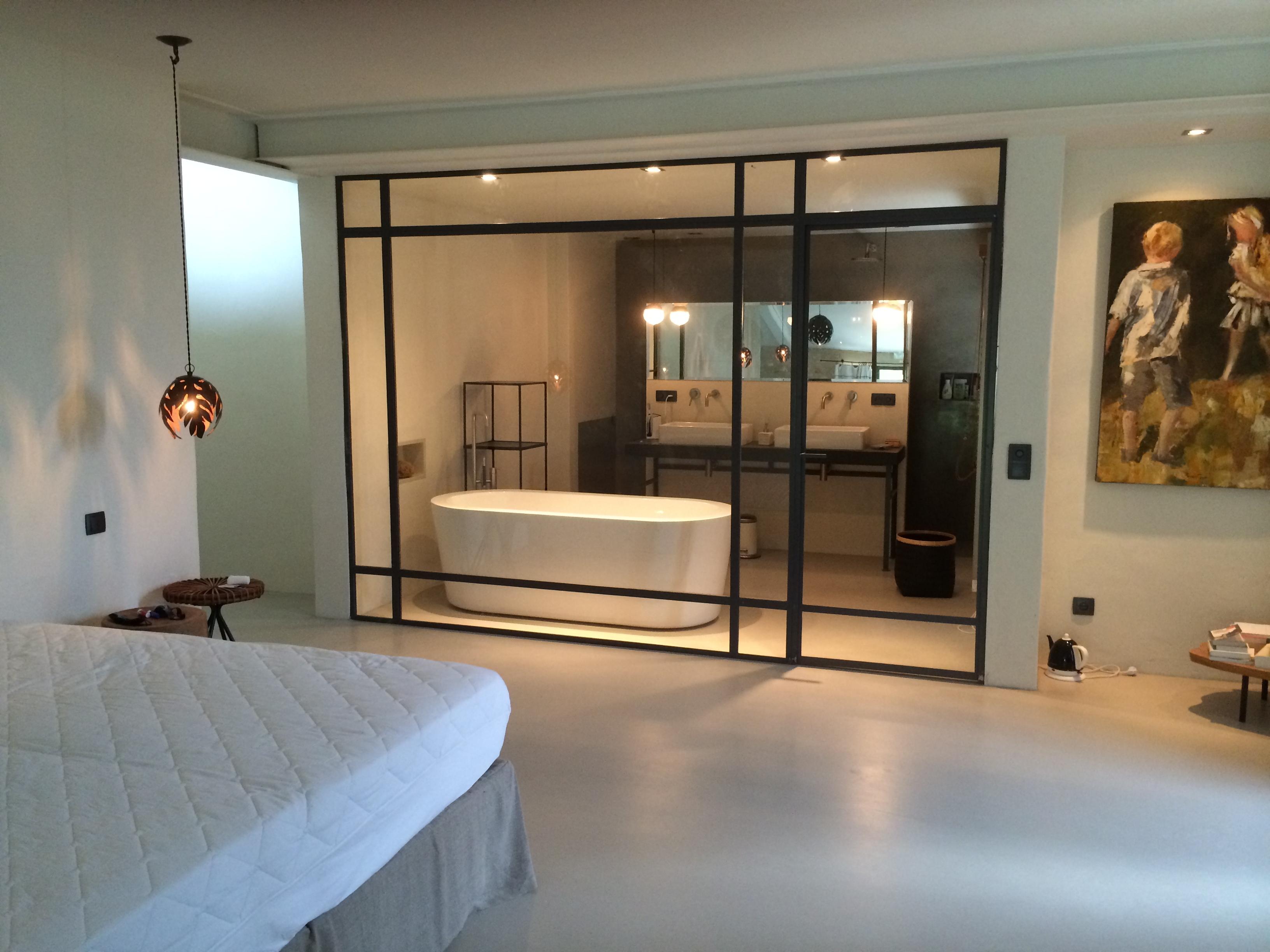 particulier b ton cir dans les hautes alpes sols techniques. Black Bedroom Furniture Sets. Home Design Ideas