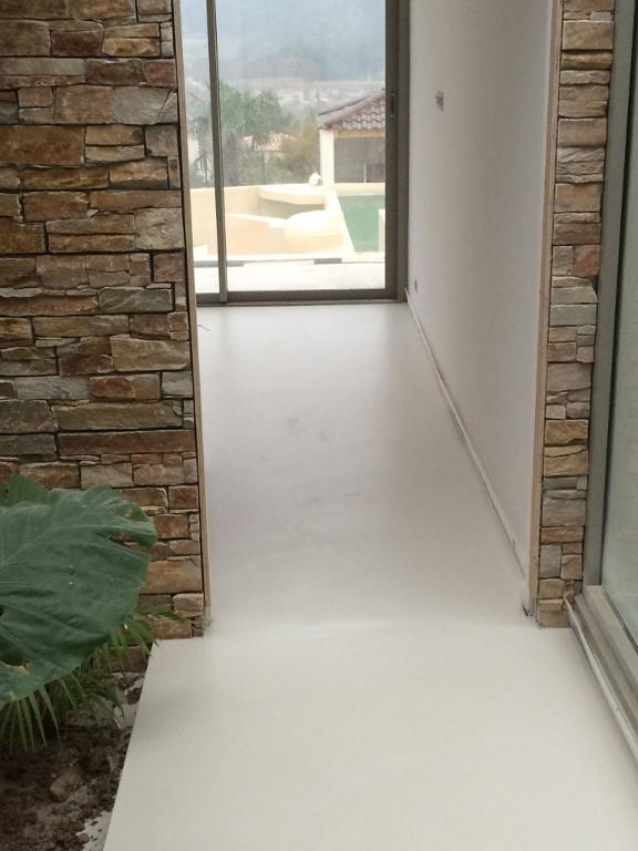entretien beton cir finest entretien sol beton cire. Black Bedroom Furniture Sets. Home Design Ideas