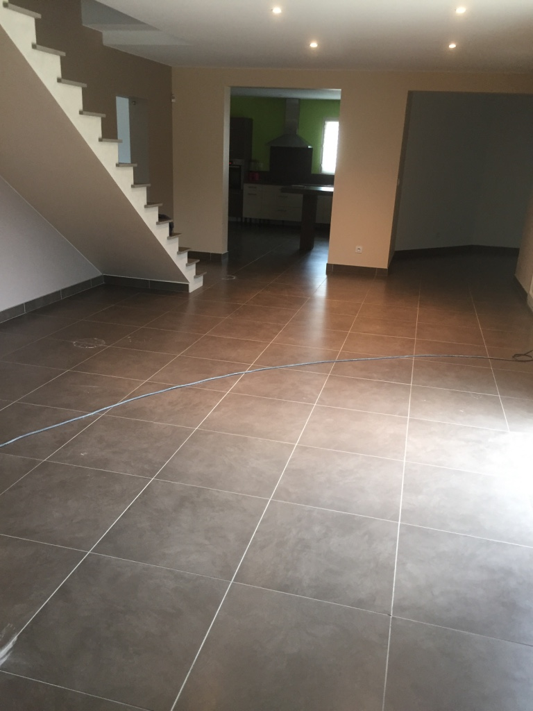 Carrelage du sud cool valgra sud romain classique rfrence for Carrelage style marbre